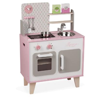 Cocinita rosa de juguete